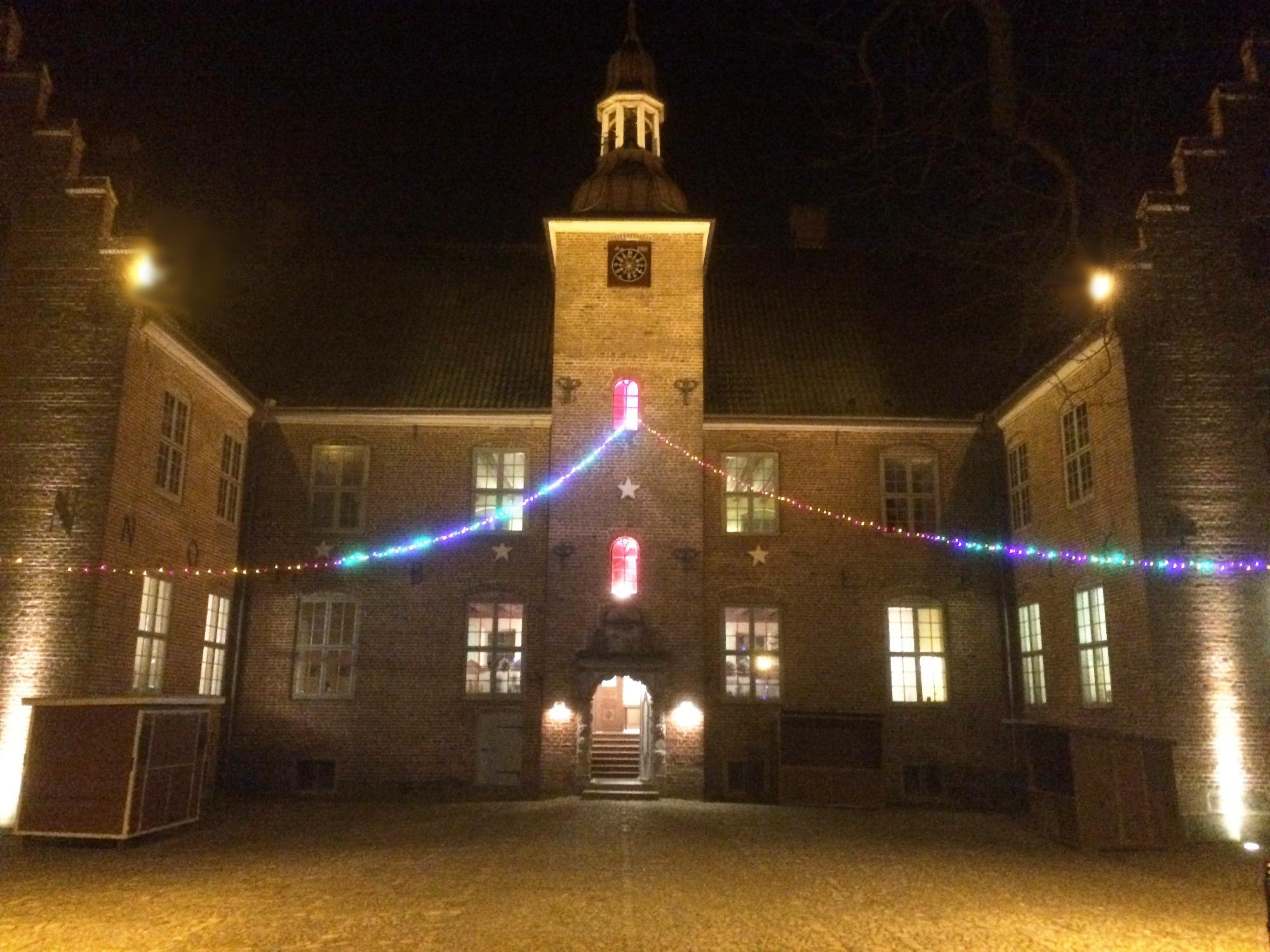 weihnacht schloss Hagen vorplatz beleuchtet